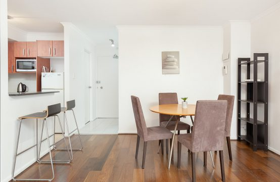 Spacious 2 Bed with Parking Potts Point
