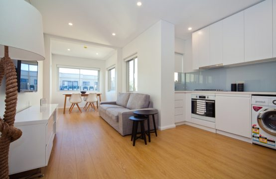 Chic Bondi Beachside Furnished 1BR