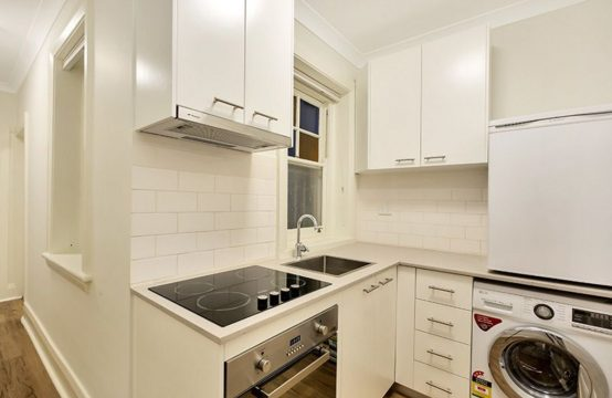 Renovated Potts Point 1 bedroom