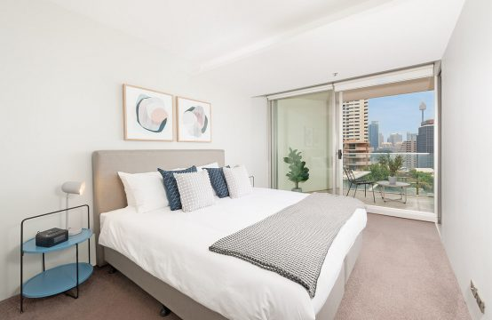 Furnished Contemporary 1 Bed With Great Views